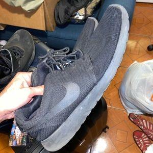 Nike roshes size 14 for men